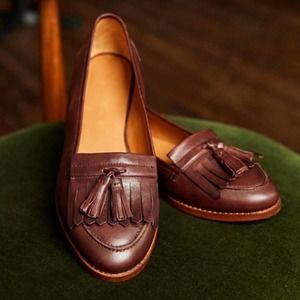 "SEZANE ""Lisa"" Leather Tassel Loafers NWB Size 6"